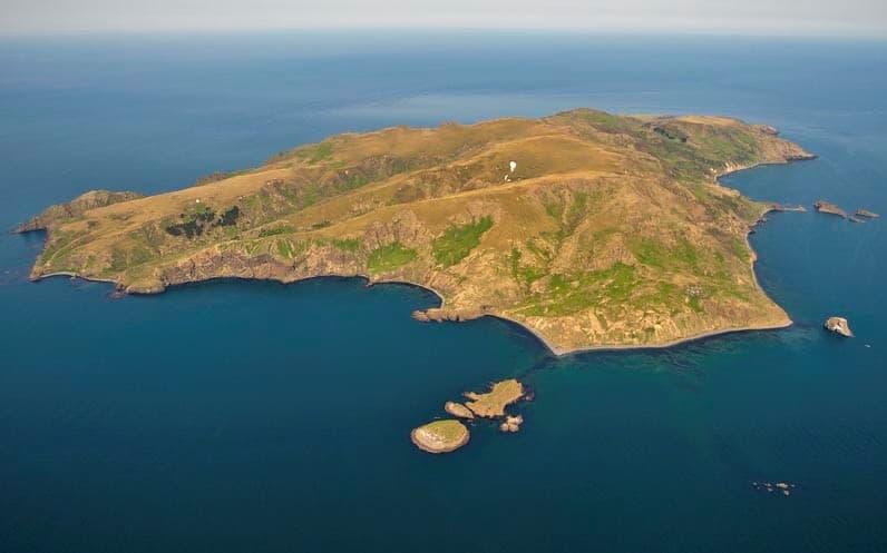 RI0FM - Moneron Island
