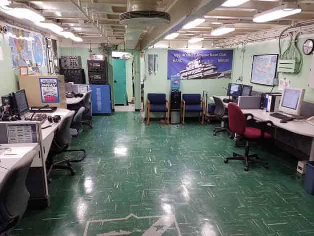 NB6GC - USS Hornet - SES